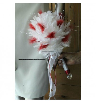 Bouquet de mariée charmant fait main avec des plumes et perles