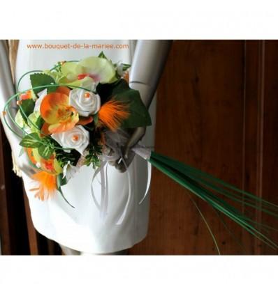 Bouquet de mariée avec longues tiges thème vert anis et orange