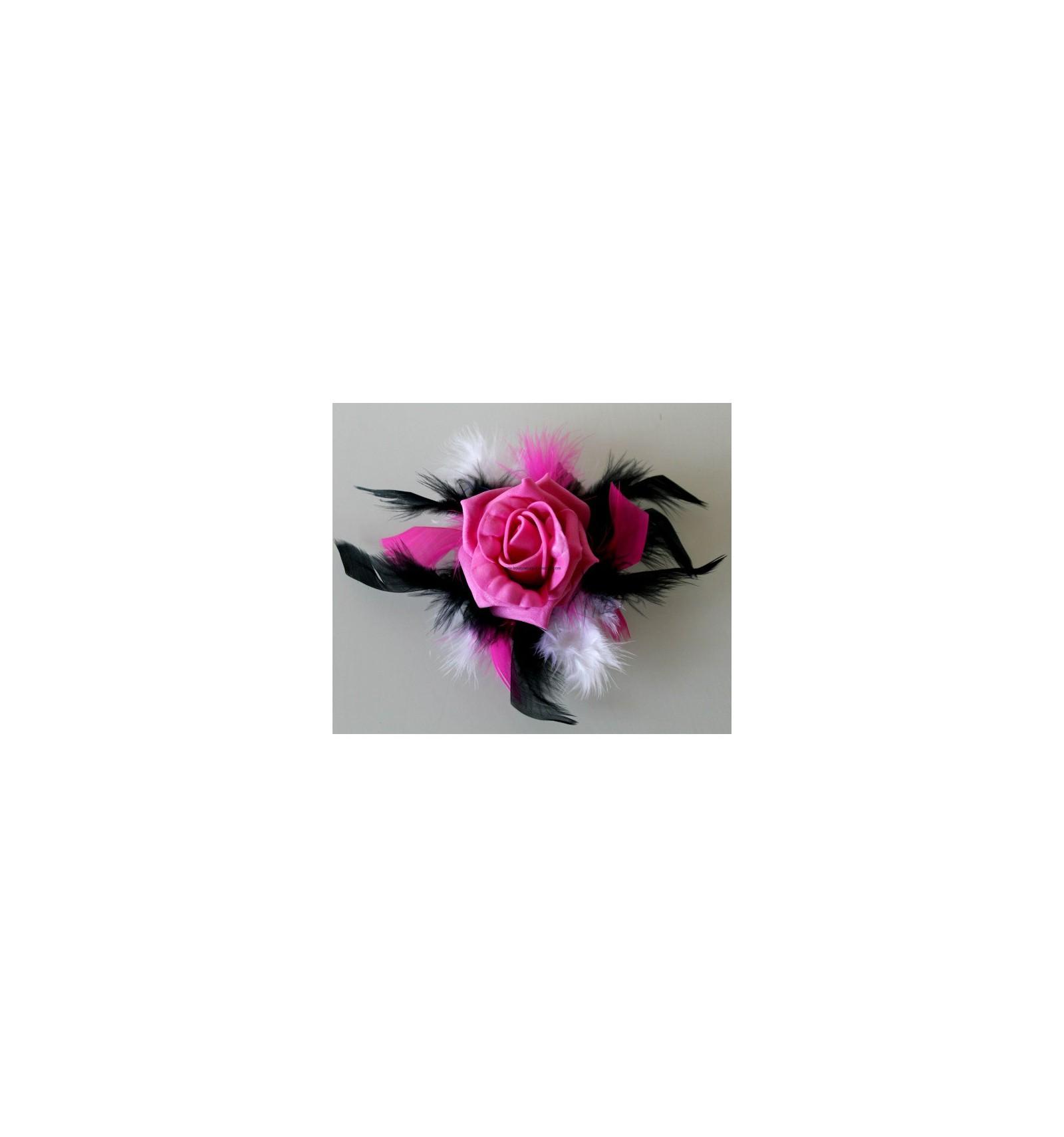 Décoration verre à pied blanc fuchsia noir roses plumes