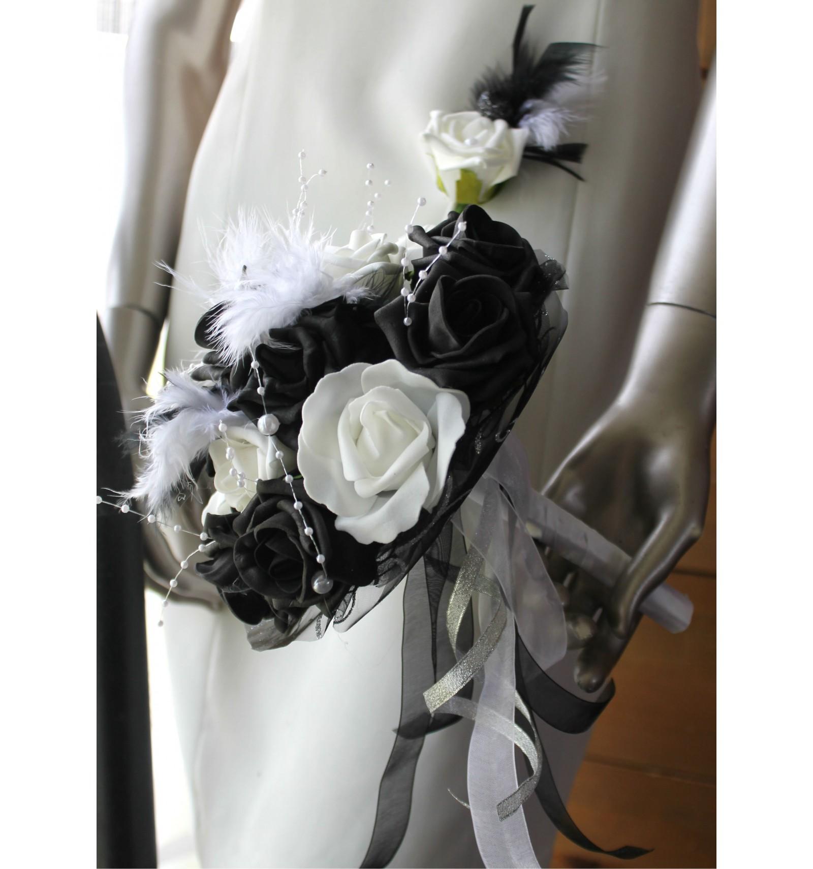 Bouquet De Mari E Noir Et Blanc Avec Roses Perles Strass En Promo Bouquet De La Mariee