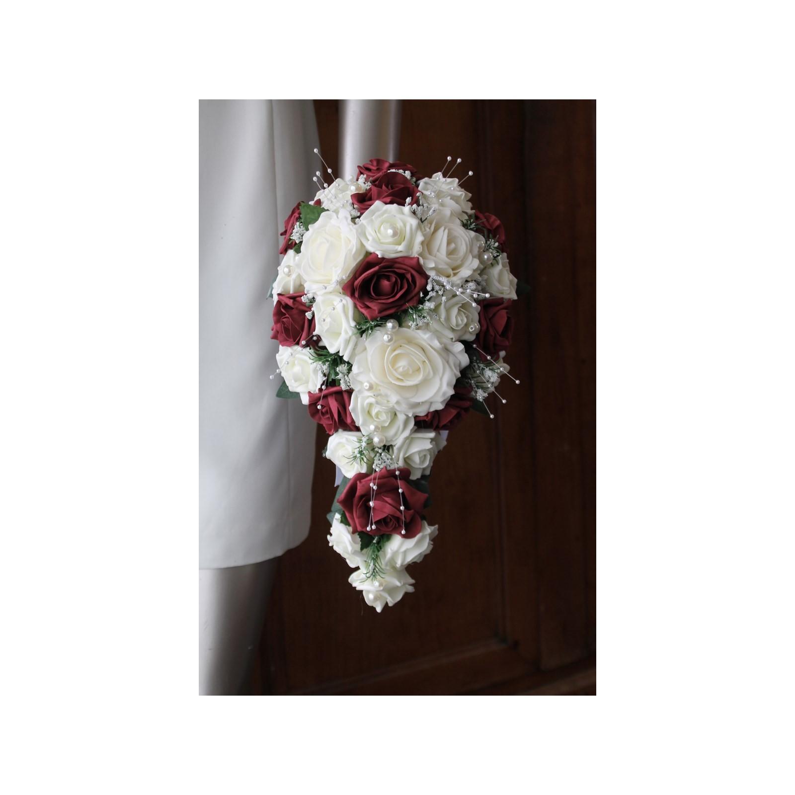 promotion: bouquet mariage tombant thème blanc cassé et bordeaux