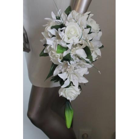 Bouquet tombant lys roses et lierre