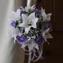 Bouquet Mariée Rond avec Lys et roses fuchsia ou parme et argent