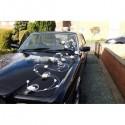 Décoration voiture mariage Arabesques avec roses, perles et rotin