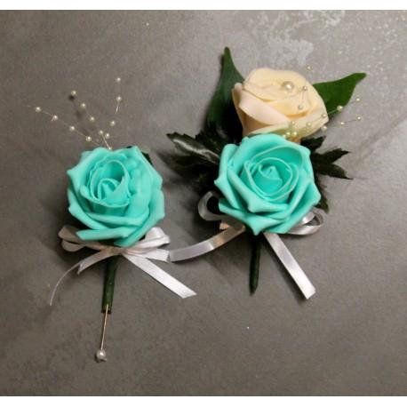 Boutonnières mariage verte menthe et pêche perlé