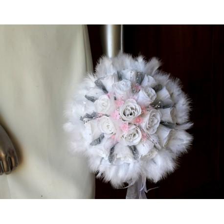 Bouquet Mariée Rond thème rose, gris et blanc avec plumes
