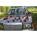 Décoration de Voiture de mariage thème coeurs rouge et gris