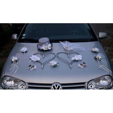 Decoration Voiture Mariage Orchidees Coeurs Chapeau Et Voile Gris