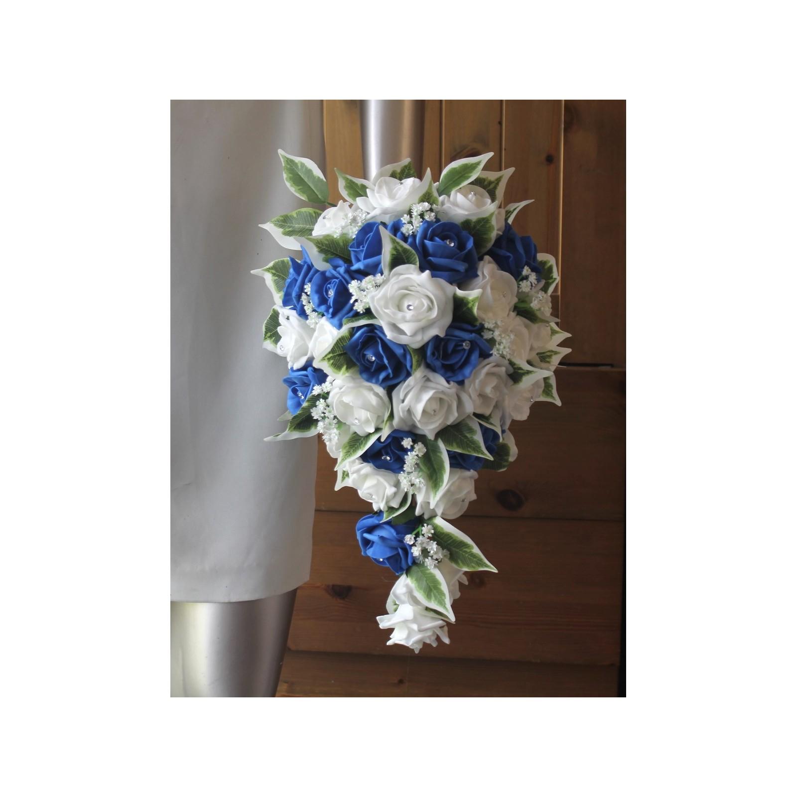 bouquet de mariée cascade mariage thème bleu roi et blanc - bouquet
