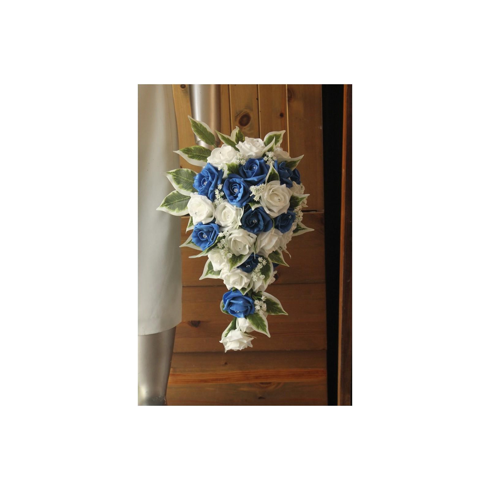 Bouquet de mariée cascade Mariage thème bleu roi et blanc