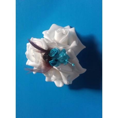 Bracelet de fleurs pour Mariage fait avec des roses et perles turquoise chocolat