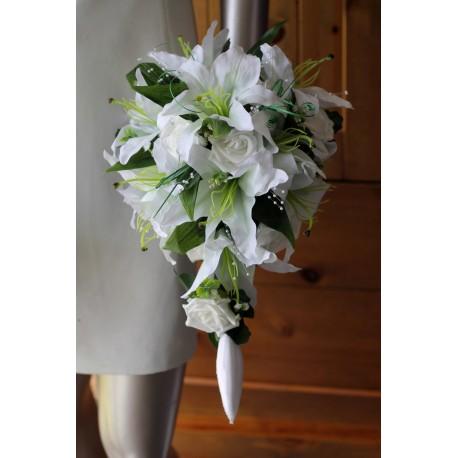 Bouquet de mariée lys et roses blanc