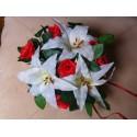 Bouquet de Mariée rond 30cm avec des roses, des lys, perles, ruban