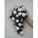 Beau Bouquet Mariage black and white avec Roses et Orchidées