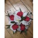 Bouquet de mariage thème Sac à Main avec de beaux arums et roses