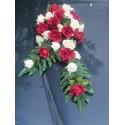 Décoration de voiture pour mariage thème rouge et bordeaux