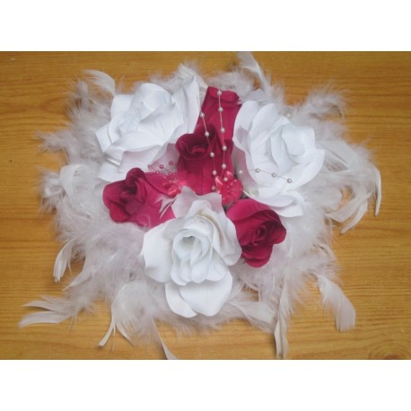 D coration table mariage th me blanc fuchsia rond roses for Decoration avec des roses