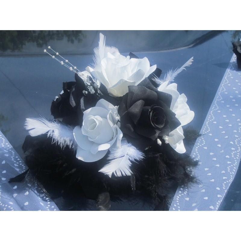 d coration voiture pour mariage pas cher th me noir et blanc bouquet de la mariee. Black Bedroom Furniture Sets. Home Design Ideas