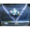 Décoration de voiture de mariée thème roses, marguerites turquoise