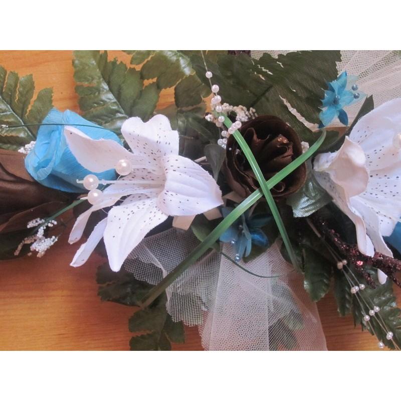 composition florale pour table de mariage th me turquoise. Black Bedroom Furniture Sets. Home Design Ideas